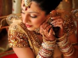 timeless-maharani-indian-wedding-makeup-by-kim-basran-1