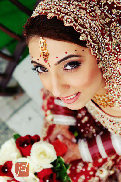 modern-and-traditional-indian-wedding-makeup-by-kim-basran-1