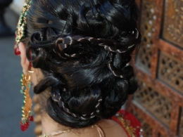 modern-traditional-indian-wedding-hair-styling-by-kim-basran-1