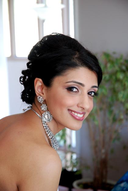 fusion-bride-makeup-by-kim-basran