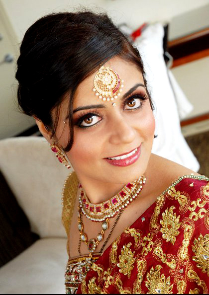 modern-traditional-indian-wedding-makeup-by-kim-basran-20