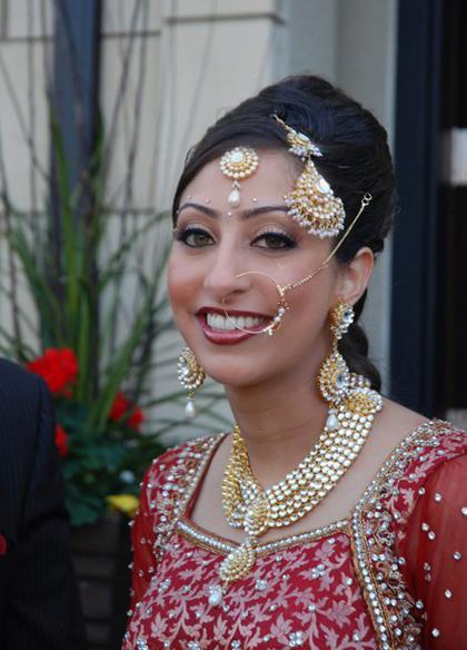 modern-traditional-indian-wedding-makeup-by-kim-basran-24