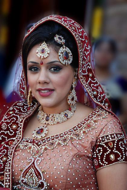 stunning-maharani-indian-wedding-makeup-by-kim-basran-2